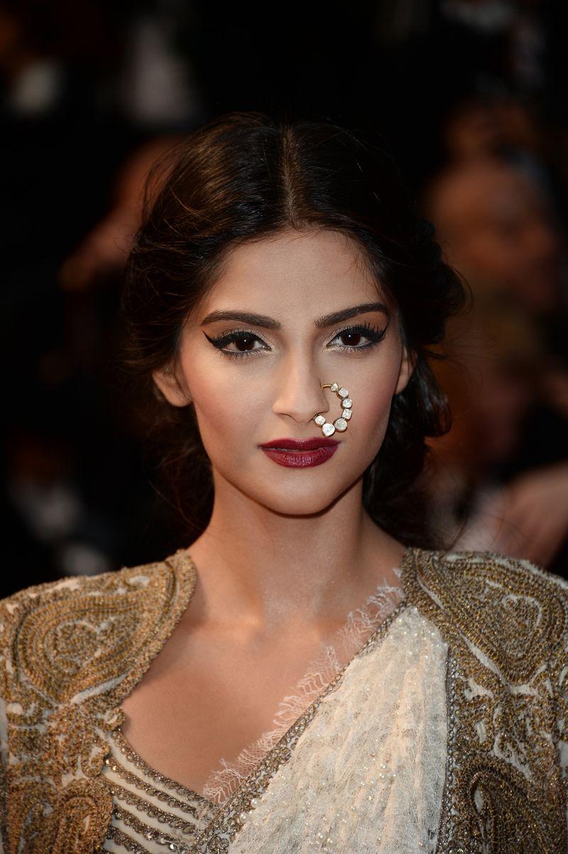 Sonam-Kapoor-for-Loreal-Paris-at-Cannes